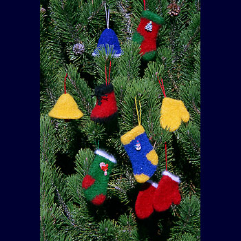 Felt Holiday Ornament Craft Pattern - Welcome to Posie!