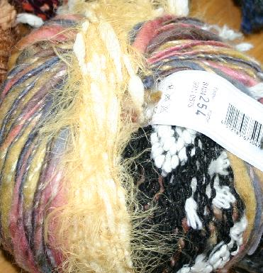 Gedifra Filorosa Yarn 8104