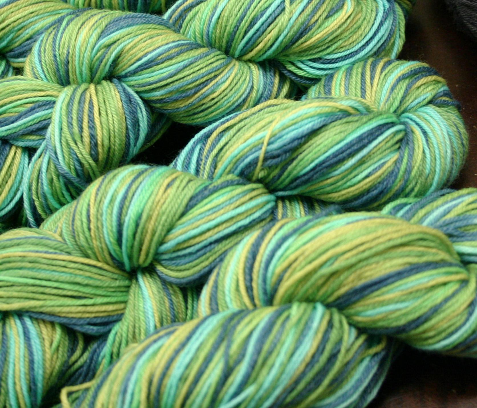 Ivy Brambles Enrapture Light Yarn - 016 Hydrangea