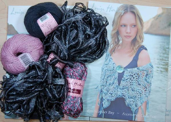 Louisa Harding Periwinkle Shawl Kit in Black