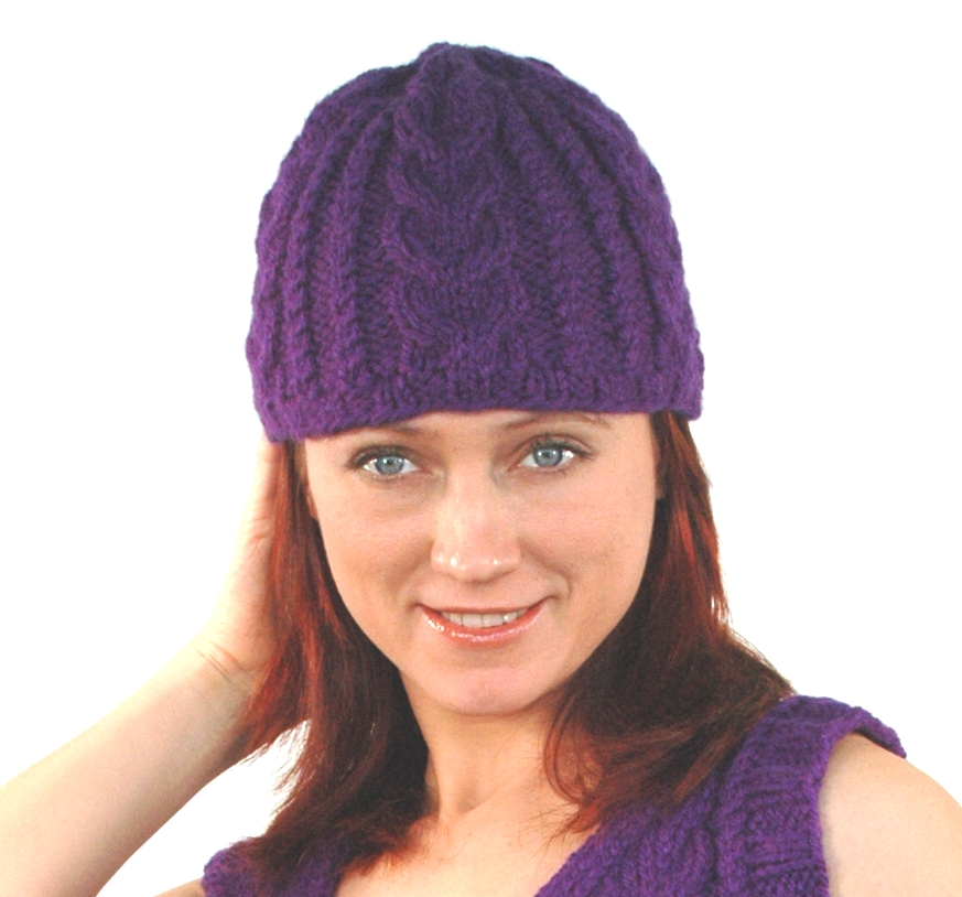 Encore Cabled Hat Pattern #F192