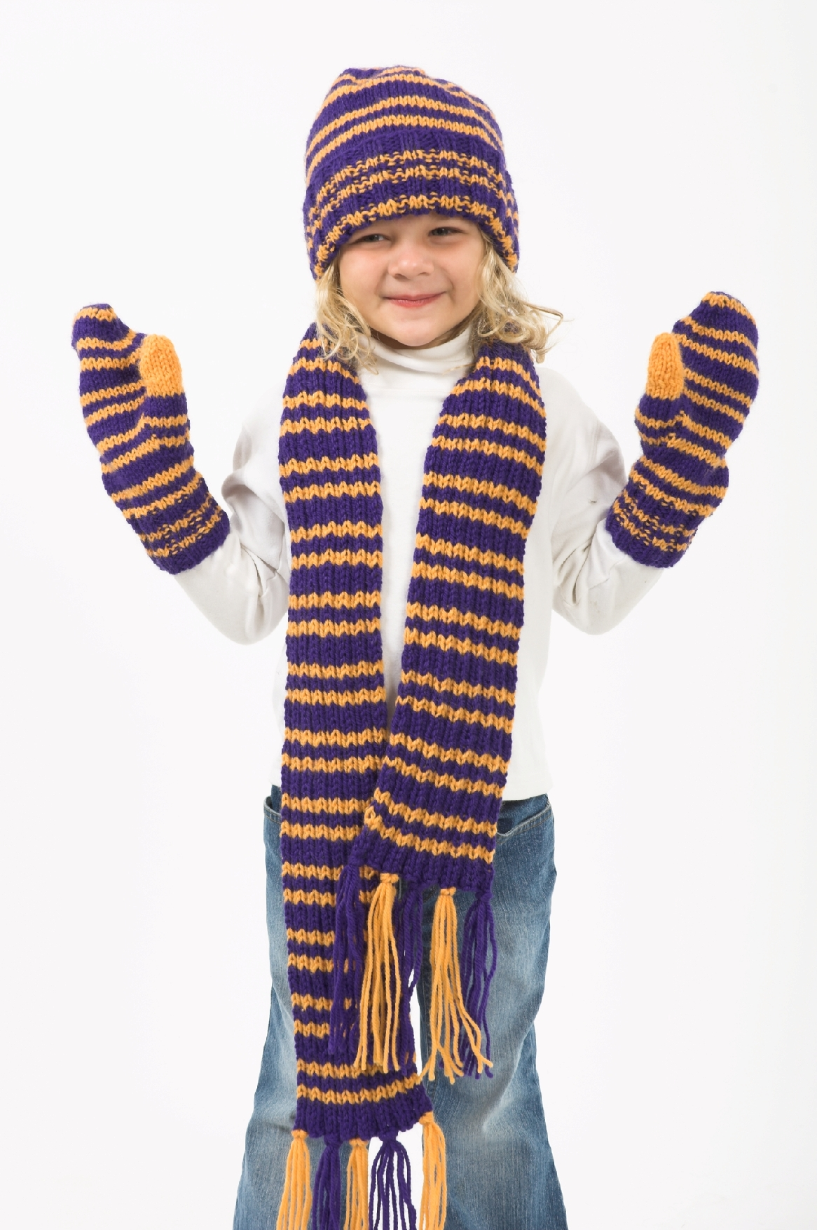 Childs Hat Scarf and Mittens Pattern #F214