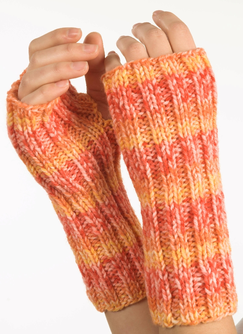Encore Worsted Fingerless Gloves - F236
