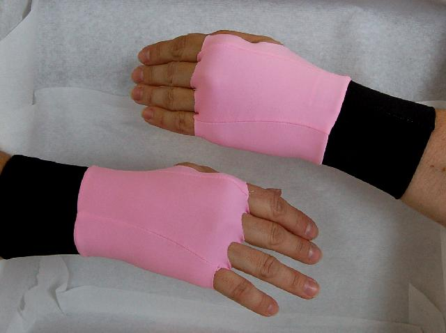 Thera-Glove Designer Pink - Medium